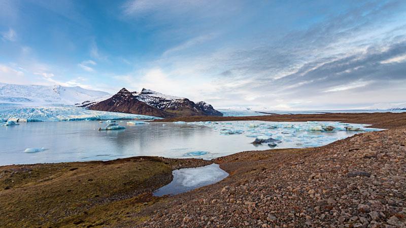 'Fjallsárlón' Image source: Fjallsárlón Glacier Lagoon